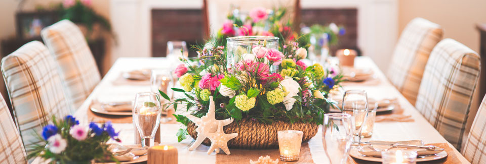 The Festive Home tablescapes with The Hampton Centerpiece